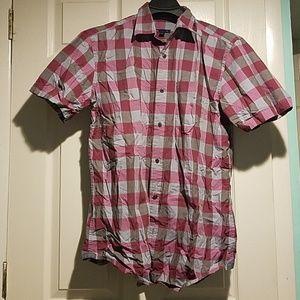 Pink/Maroon Gap Button Down Short Sleeve Shirt